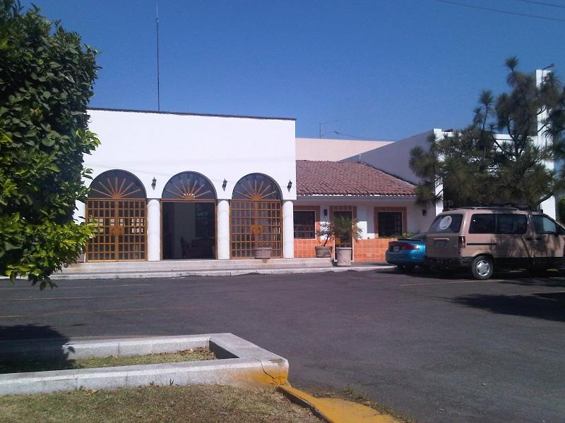 img03109-20111202-1326